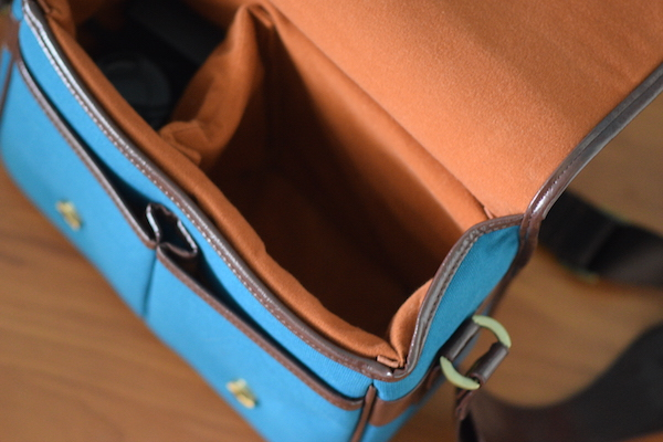 koolertron-camera-bag-interior